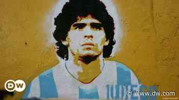 Villa Fiorito despide a Maradona y le da la bienvenida al mito   DW   28.11.2020 - Deutsche Welle