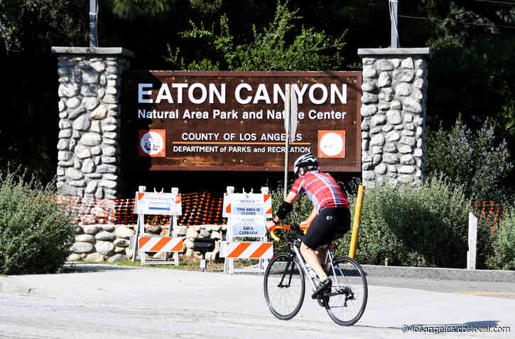 Man Picks Up Litter At Eaton Canyon Hiking Area Every Day For More Than A Year