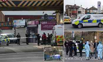 Police launch murder probe after 19-year-old got knifed to death in broad daylight