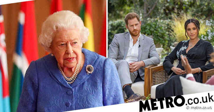 Queen 'refuses to sign off' Harry and Meghan statement as crisis talks continue
