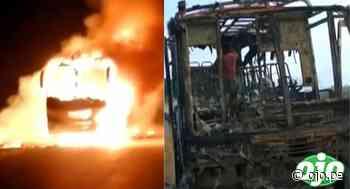 Incendian bus lleno de pasajeros tras asaltarlos a mano armada en plena carretera - Diario Ojo