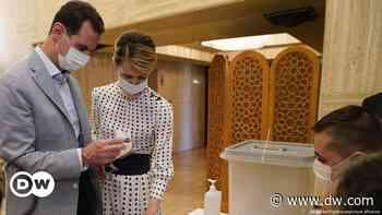 Syriens Präsident Baschar al-Assad positiv auf Corona getestet - DW (Deutsch)