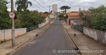 Intervenção da Sabesp na Rua Visconde do Rio Branco em Botucatu segue nesta quarta-feira, 10   Jornal Acontece Botucatu - Acontece Botucatu