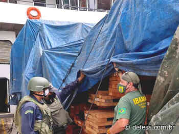 """Marinha apreende embarcação com madeira irregular em Barcarena (PA) durante Operação """"Verde Brasil II"""" - Defesa - Agência de Notícias"""