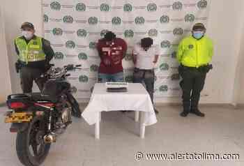 Andaban de viaje en moto con 500 dosis de marihuana por Venadillo - Alerta Tolima