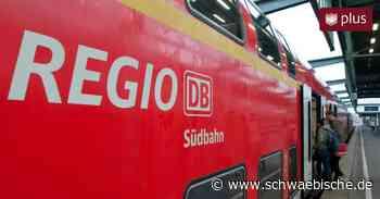 Zugpanne: Passagiere stranden zwischen Herbertingen und Bad Saulgau neben dem Gleis - Schwäbische