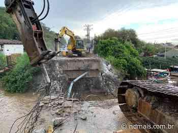 Ponte de Itajuba começa a ser removida em Barra Velha - ND Mais