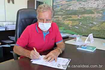Prefeito de Abelardo Luz assina protocolo para compra de vacina contra covid-19 - Canal Ideal