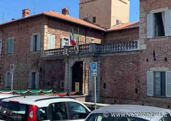 """Capannone-torre a Fagnano Olona. Le opposizioni unite contro il sindaco: """"Esclusi come sempre"""" - varesenews.it"""
