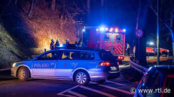 Radevormwald: 20-Jähriger fährt Mann tot und begeht Fahrerflucht: Dachte, es wäre ein Tier - RTL Online