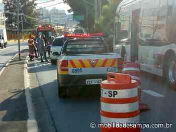 Acidente entre veículos causa lentidão na Avenida Francisco Morato - Mobilidade Sampa