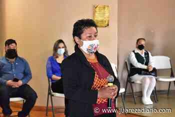 Se entrega reconocimiento a la Mujer Destacada 2021 en Nuevo Casas Grandes - Juárez a Diario