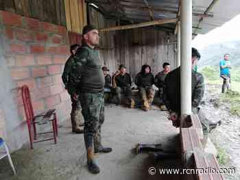 Retención de militares en El Carmen de Atrato no es un secuestro: gobernador indígena - RCN Radio