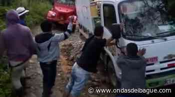 Campesinos de diferentes veredas de Venadillo están incomunicados con el casco urbano - Ondas de Ibagué