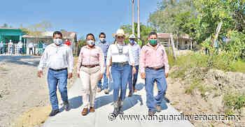 Tuxpanhace 12 min . Alcaldesa de Tamiahua lleva desarrollo estructural a Acala - Vanguardia de Veracruz