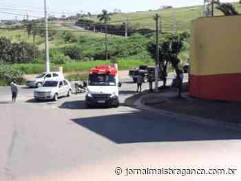Acidente entre carro e moto deixa motociclista ferido em Braganca Paulista - Jornal Mais Bragança