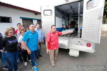 El gobernador Marco Torres entregó ambulancia en San Casimiro elsiglocomve - Diario El Siglo