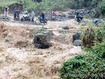 Toribío y Caloto, incomunicados por desbordamiento de una quebrada - Diario del Sur
