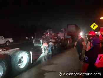 Se incendia tráiler en la Tampico-Mante - El Diario de Ciudad Victoria