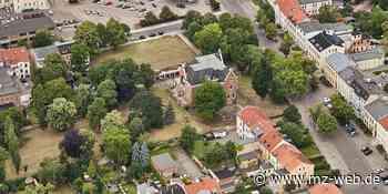 Wird leerstehende Villa des Solvay-Direktors in Bernburg Friedensallee gerettet? Salzlandsparkasse macht Kaufangebot - Mitteldeutsche Zeitung