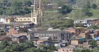 Nuevo desplazamiento en Murindó, Antioquia, por violencia - Radio Nacional de Colombia
