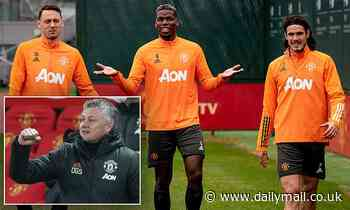 Ole Gunnar Solskjaer boosted as Paul Pogba and Edinson Cavani return to Manchester United training