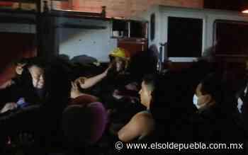 """[Video] Por llegar """"tarde"""" multitud golpea a bomberos en Zinacatepec - El Sol de Puebla"""