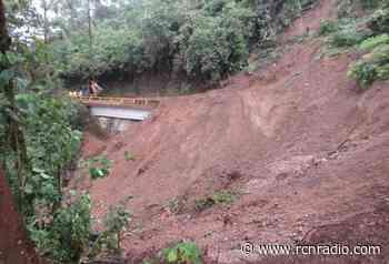 Habilitaron vía de acceso a Caramanta, Antioquia, bloqueada por derrumbes - RCN Radio