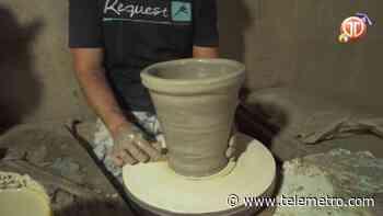 Fabricación de potes en la Arena de Chitré - Telemetro