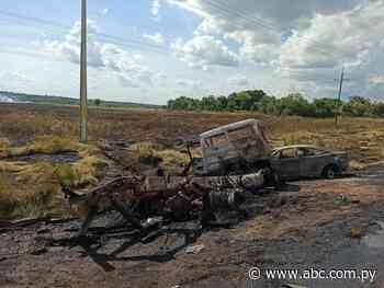 Quema de pastizal ocasiona colisión de cinco vehículos en Carayaó - Nacionales - ABC Color