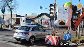 Verkehr: Sperrung in Ahrensfelde sorgt für Frust beim Schulbusverkehr - moz.de
