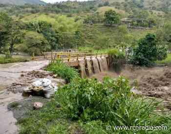Siete barrios inundados dejó creciente de un río en Bugalagrande (Valle) - RCN Radio
