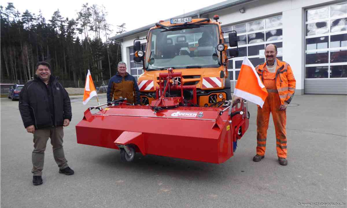Neue Kehrmaschine für den Gemeindebauhof Zandt - Region Cham - Nachrichten - Mittelbayerische