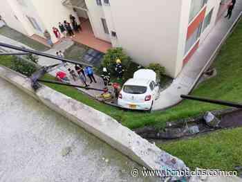 Aparatoso accidente de tránsito dentro de un conjunto cerrado en Campohermoso - BC NOTICIAS - BC Noticias