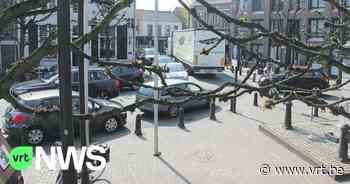 Na 2 jaar nog altijd veel vrachtwagens in centrum: Baarle-Hertog en Baarle-Nassau willen nu verbod op zwaar verkeer - VRT NWS