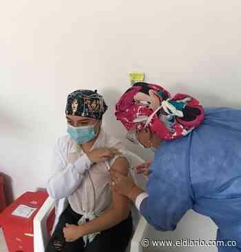 Enfermera jefe primera en recibir la vacuna en Santa Rosa de Cabal - El Diario de Otún