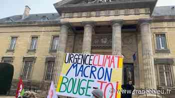 """Marne : les """"décrocheurs"""" du portrait d'E. Macron à Taissy condamnés à 250 euros d'amende avec sursis - France Bleu"""