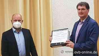 Gegen 5G-Ausbau: 1.100 Unterschriften für Bürgerbegehren in Bad Feilnbach überreicht - ovb-online.de
