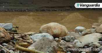 Video: Pareja fue arrastrada por la corriente del río Hato en Piedecuesta - Vanguardia