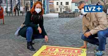 Klebeplakate gegen Alltagsrassismus – auch in Grimma, Borna und Wurzen - Leipziger Volkszeitung