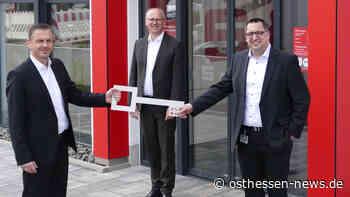 Sparkasse in Eichenzell: Markus Goldbach übergibt Filialleitung an Michael Seng - Osthessen News