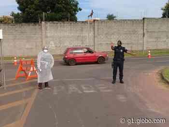 Covid-19: Prefeitura de Engenheiro Coelho monta barreiras sanitárias nas entradas da cidade - G1