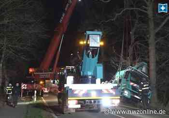 Polizeieinsatz in Visbek: Kran verunfallt: 300 000 Euro Schaden - Nordwest-Zeitung