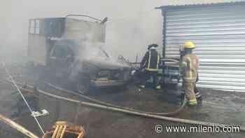 Controlan incendio en bodegas de madera en los límites de Chalco e Ixtapaluca - Milenio