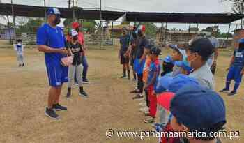Rubén Rivera dio clínicas de béisbol en Puerto Caimito: 'Disciplina y estudio es fundamental - Panamá América
