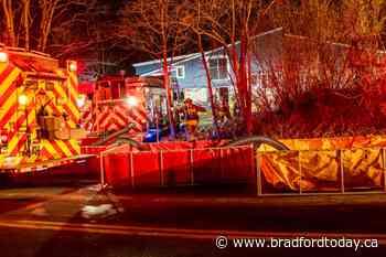 Fire services respond to early morning blaze in Bradford West Gwillimbury (8 photos) - BradfordToday
