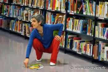 Une danseuse dans ma bibliothèque - Unidivers
