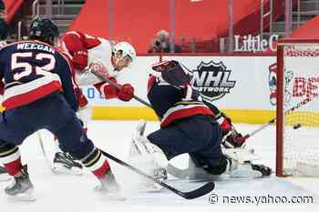 Red Wings hold off Panthers 2-1 after Brome's 1st NHL goal - Yahoo News