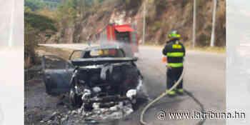 Vehículo toma fuego cerca de La Montañita - La Tribuna.hn