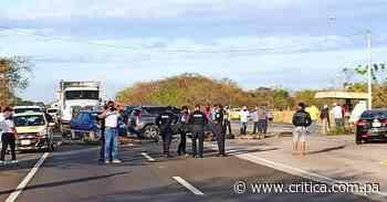 Taxistas protestan en Aguadulce por nuevos certificados de operación (Video) - Crítica Panamá